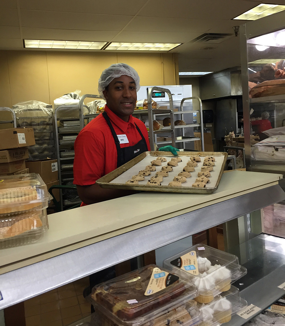 Marcus Gray Works In The Bakery Of A Miami Winn Dixie Store